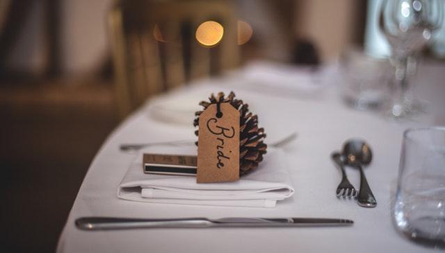 フランス料理店でプロポーズ